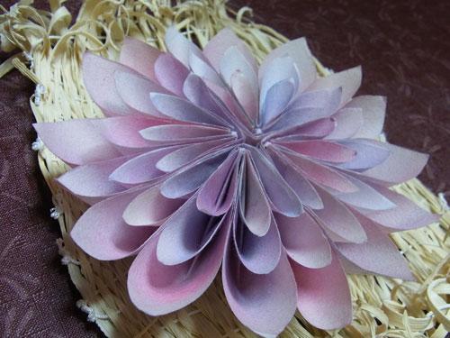 菊の折り紙